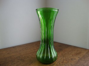 Green glass vase by iWunderVintage