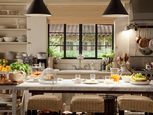 Its Complicated Kitchen via beautifulhomesdesigns.com