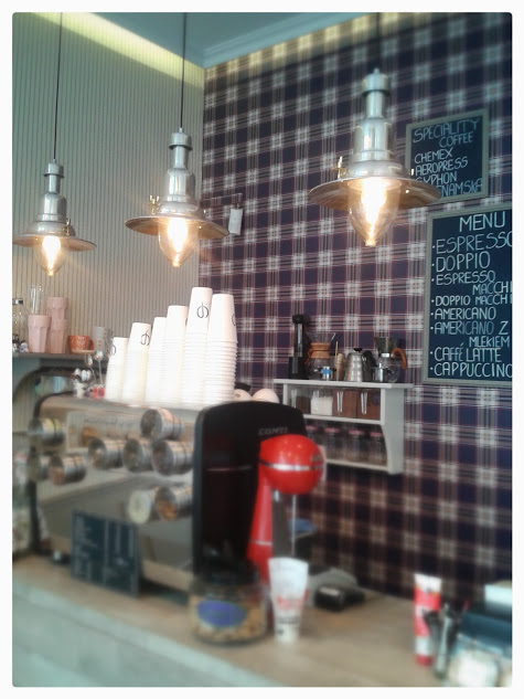 Cophi cafe - the counter