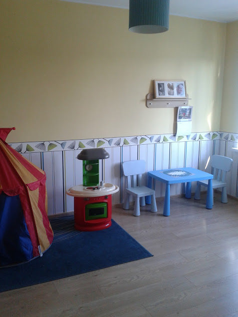 Playroom (before)