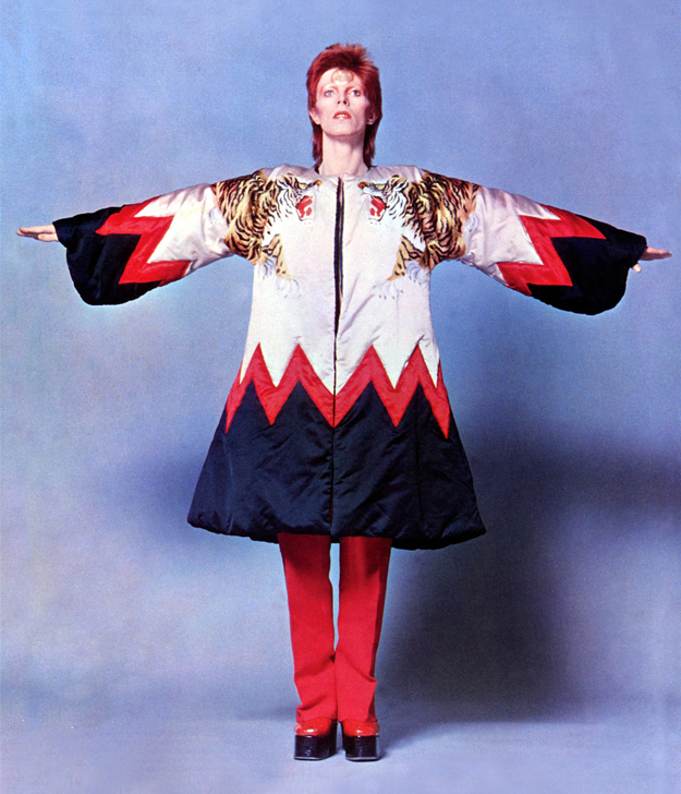 David Bowie -fashion-fantasy