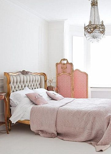 Bedroom in pink via Pinterest