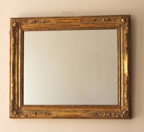 Antique mirror by Dorure Laverriere